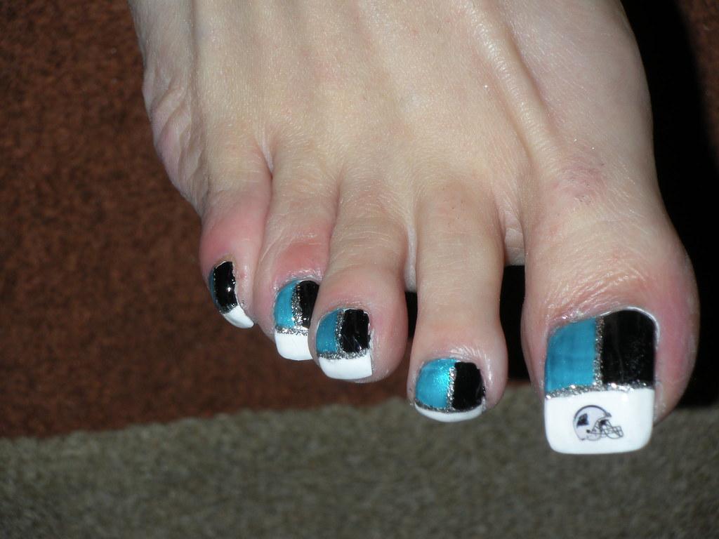 long toe nails panthers   good closeup !!   kellt2010   Flickr