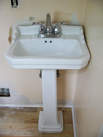 ... Pegasus 1920 Pedestal Sink | By Arianamusic