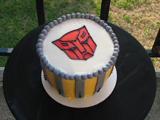 Birthday Cake Transformers Bumblebee