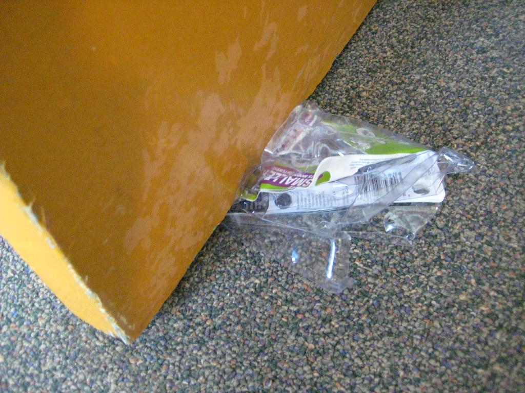 Makeshift Doorstop | by fabbuki Makeshift Doorstop | by fabbuki & Makeshift Doorstop | Nick Lee | Flickr