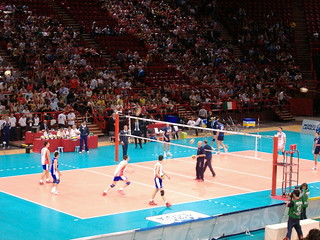 Ligue mondiale de Volley-ball 2007 France-Italie - échauffement - | by docteur es sport