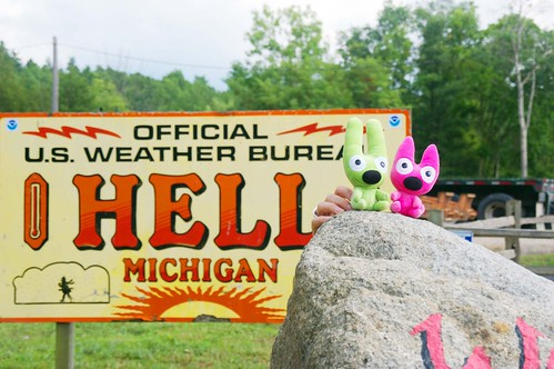 Hell Rock  YoYo And Hoop Make It To Hell Michigan Maps