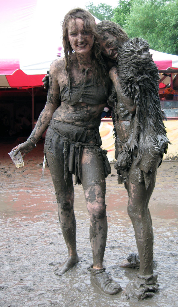 Dirty wet girls