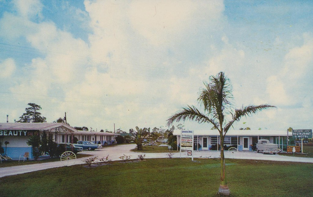 Brown Jug Motel, Restaurant & Beauty Salon - Fort Myers, Florida