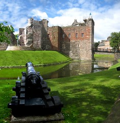 Rothesay Castle | by wheehamx