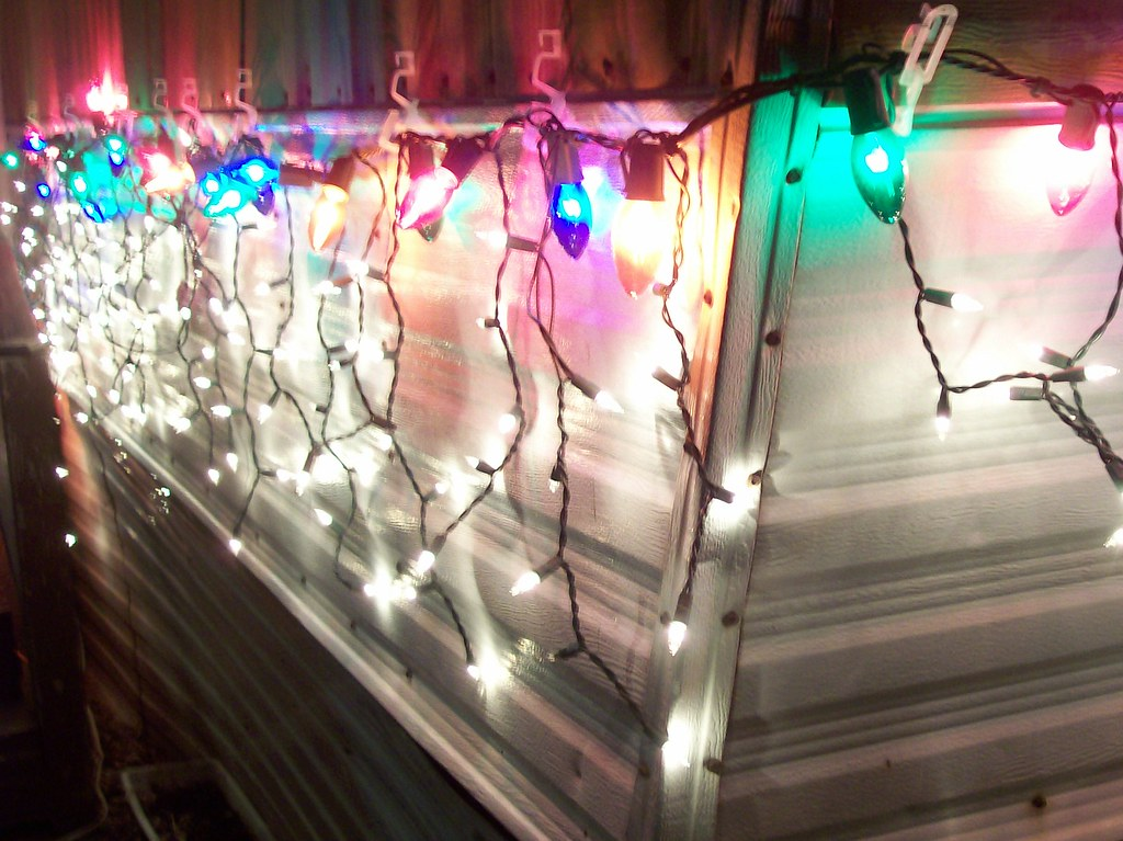 ... Mobile Home with Christmas Lights   by anneinchicago - Mobile Home With Christmas Lights Anneinchicago Flickr
