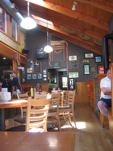 Bill S Tavern And Brewhouse Cannon Beach Oregon