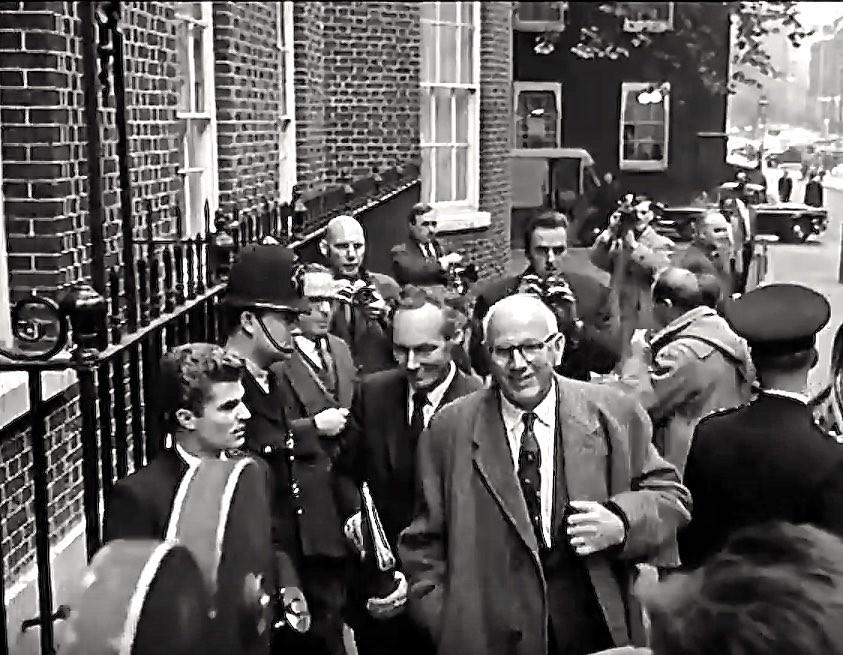 1964 Frank Cousins Minister Of Technology Arrives At No Flickr