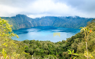 lake holon | by twelveinchesbehind