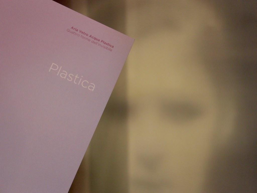 Allestimento mostra Trasparenze - Plastica