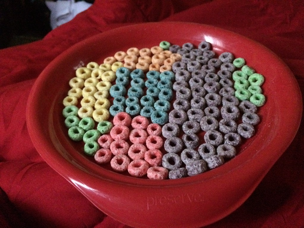 ... Fruit Loops on Red Plastic Plate | by stevendepolo & Fruit Loops on Red Plastic Plate | Steven Depolo | Flickr