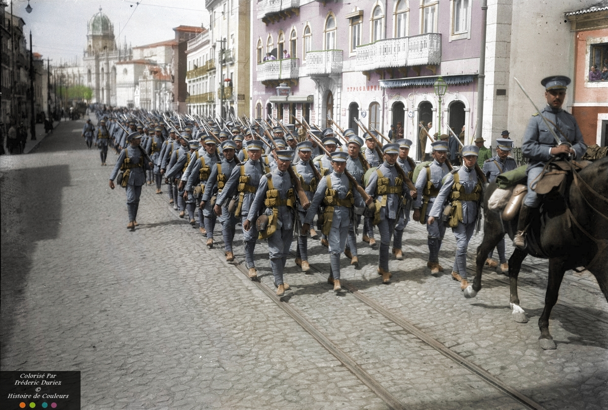 Portuguese troops march along the Rua de Belém in Lisbon, Summer 1916.