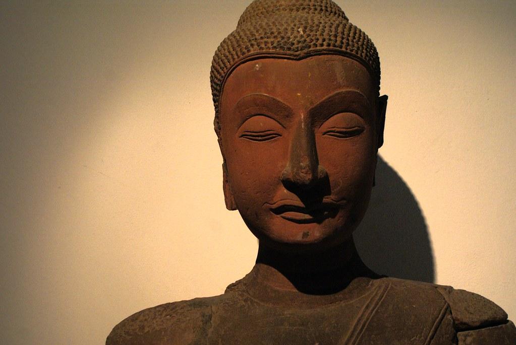 La diversité et l'expressivité des portraits sculptés de Bouddha dans un nouvel exemple.