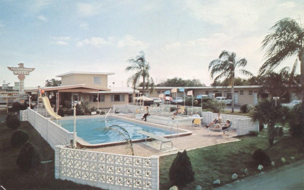 Thunderbird Motel - Winter Haven, Florida