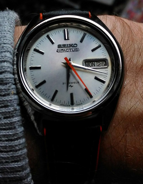 Let us see your Seikos  - Page 2 26614969856_8377440c2d_z