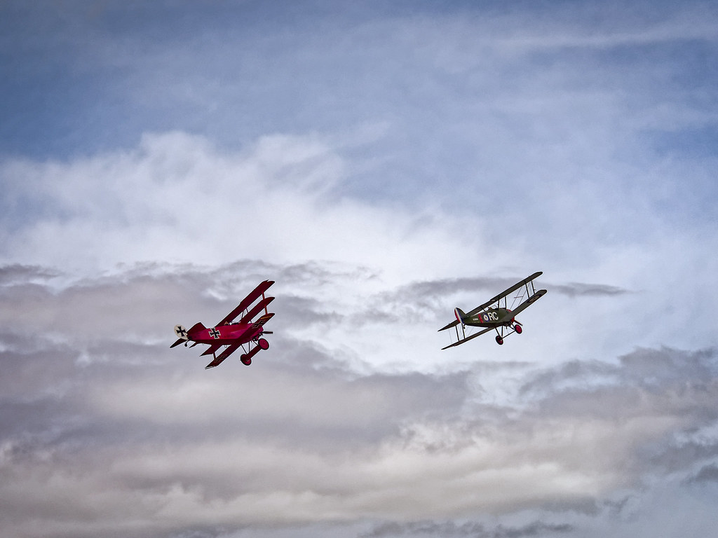 Snoopy And The Red Baron Ww I Aircraft Flight Demonstrat Flickr