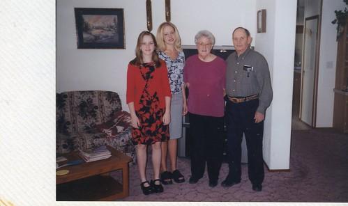 Brittny,Carissa & Grandpa & Grandma Stroh-2003