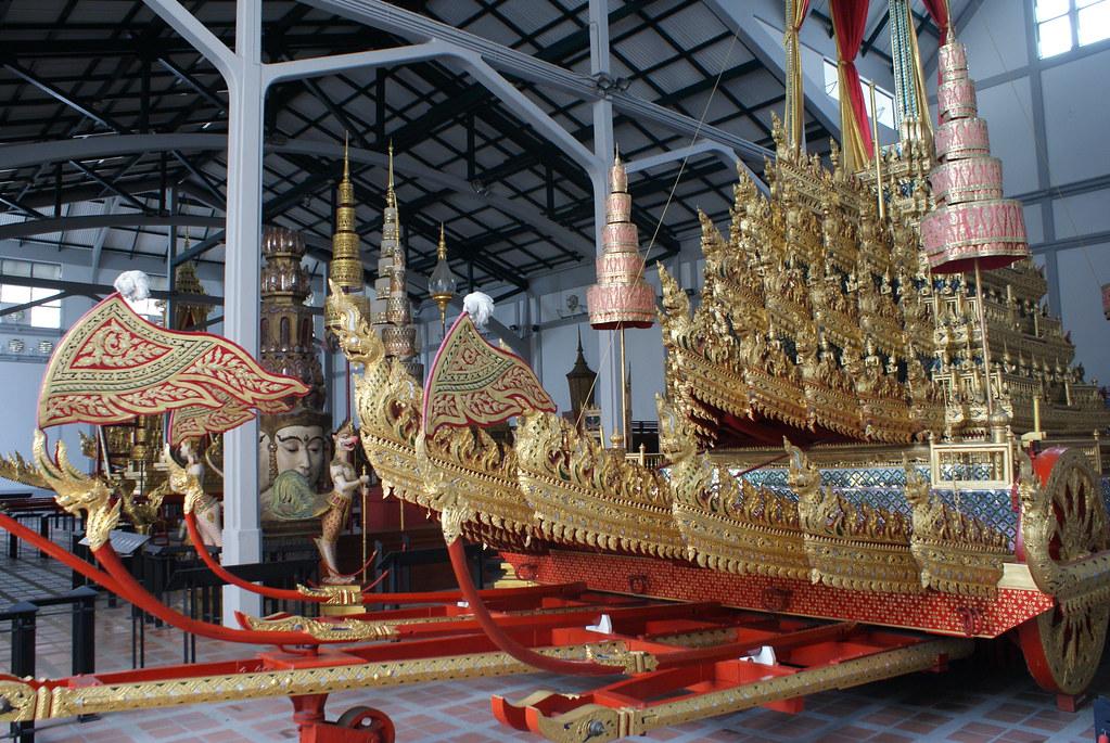 Barges royales dans le Musée National de Bangkok.