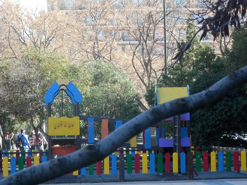 Parque de niños de la plaza