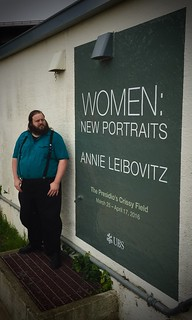 "Outside the Annie Liebovitz ""Women"" show 