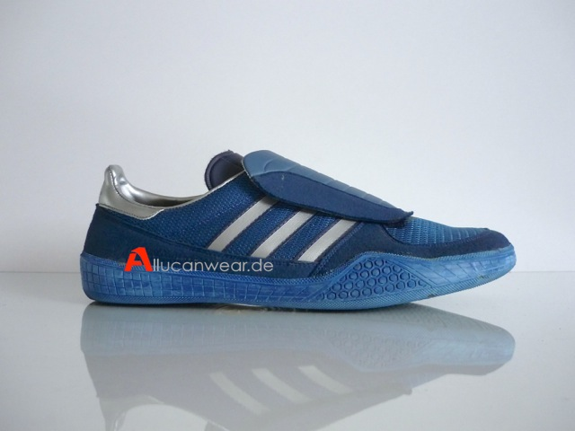 VINTAGE ADIDAS LEISURE SPORT SHOES | made in yugoslavia