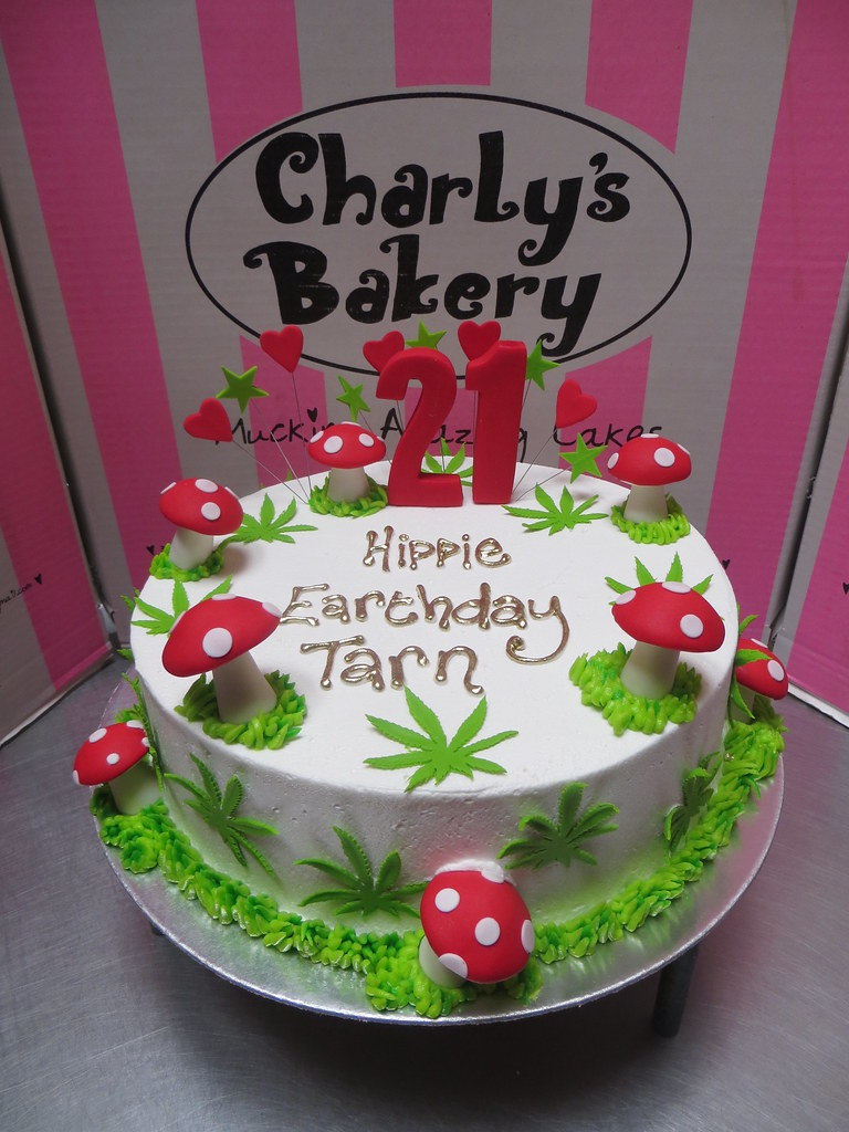 21st Birthday Cake Decorated With Fondant Dagga Cannabis Weed Leaves 3D Toadstools