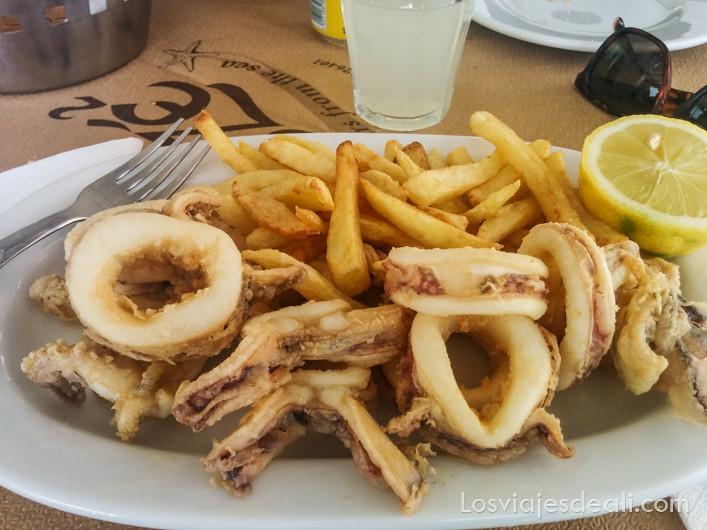 Gastronomía Griega calamares a la romana