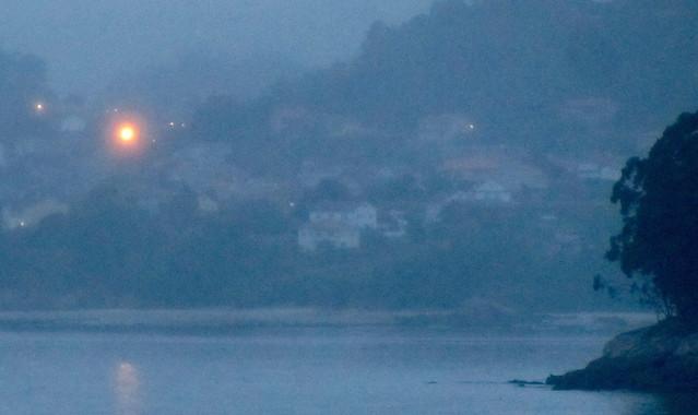 Luz en el pueblo del mar