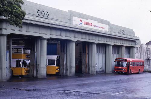 United auto jesmond garage 7 sep 1985 creweboy flickr for Garage auto 7
