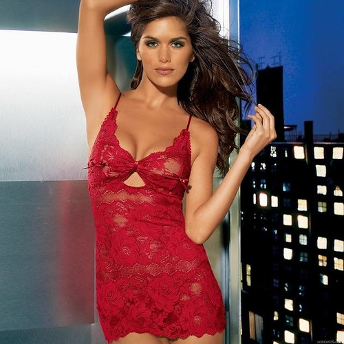 Model - Anahi Gonzales