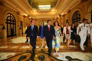 Presidente ollanta humala ofreci almuerzo en honor a su s for Almuerzo en frances