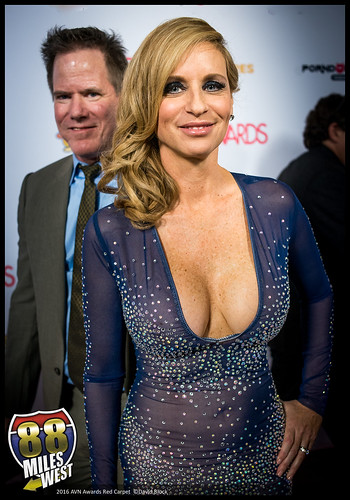 Jodi West  2016 Avn Awards Red Carpet At The Hard Rock -3405
