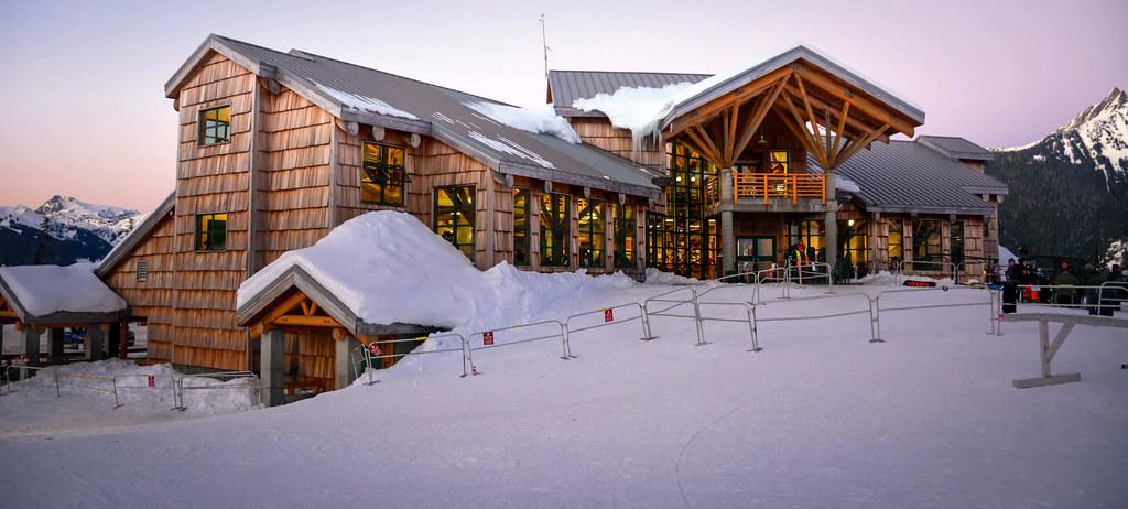 Beautiful White Salmon Lodge - Mt. Baker Ski Area | Mt. Shuksan: Locat… | Flickr VO69