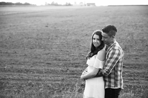 Megan & Eric | Kitchener Fun & Unique Engagement Photography | by zoeyheath.com
