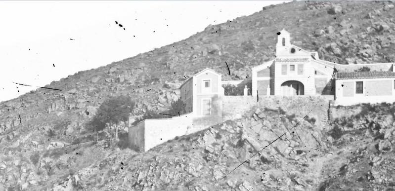 Ermita del Valle en Toledo en 1864. Detalle de una fotografía de Alfonso Begue.