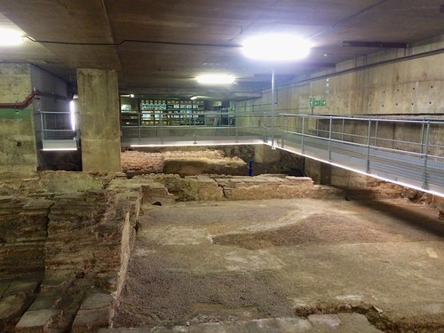 Walkways over the Billingsgate Roman House & Baths | by avail