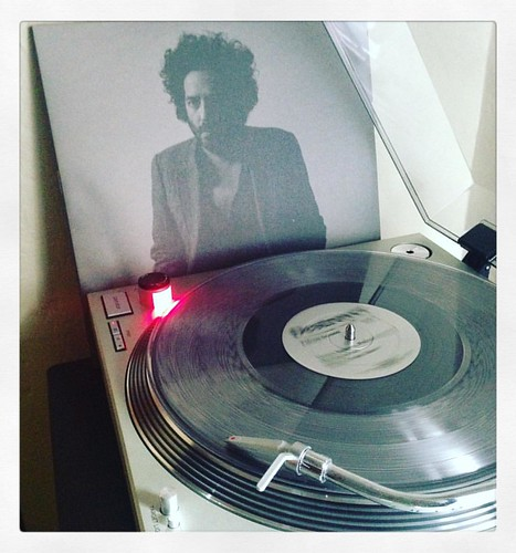 #destroyer #poisonseason #firstspin #vinyloftheday #nowspinning #vinyligclub #clubrpm #mergerecords #danbejar #vinylisbeautiful #photographicplaylist #coloredvinyljunkie