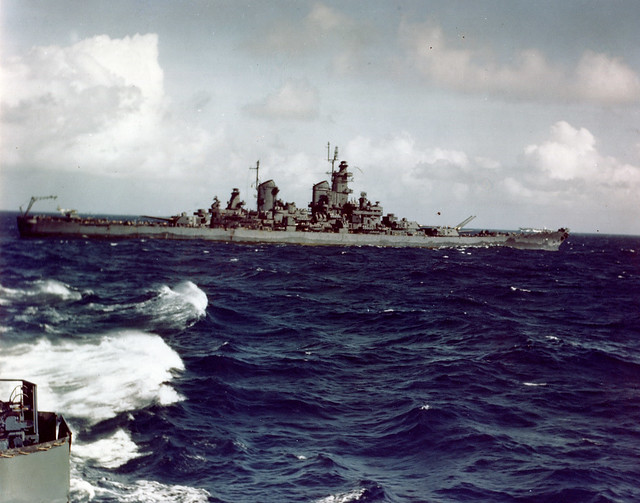 Photo #: 80-G-K-15383 USS New Jersey (BB-62)