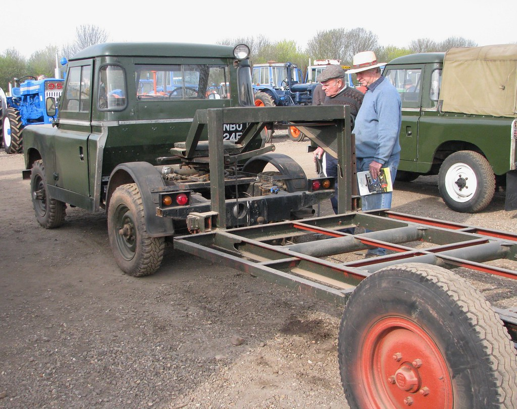 Nbu 24e 2 1967 Land Rover 88 Series 2a With Dixon Bate Flickr Coupling Oldgold By Nivekoldgold