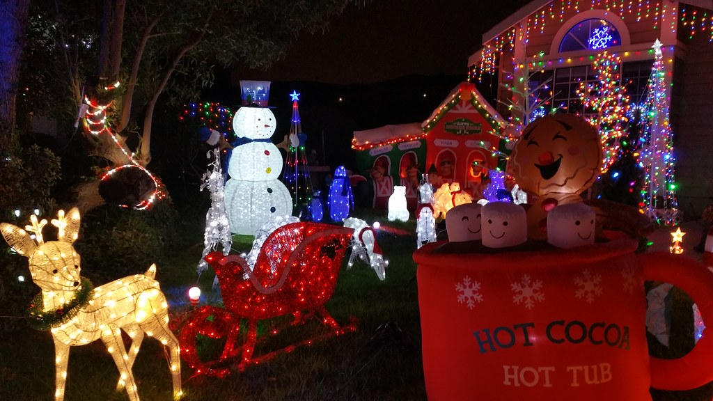 ... Parkway Estates Christmas Light, South San Francisco (45   by Planet Q - Parkway Estates Christmas Light, South San Francisco (45 Flickr