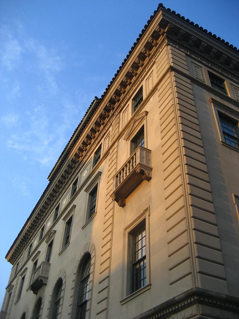 Italian academy columbia