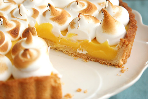 passionfruit meringue tart 8 | by crumblycookie