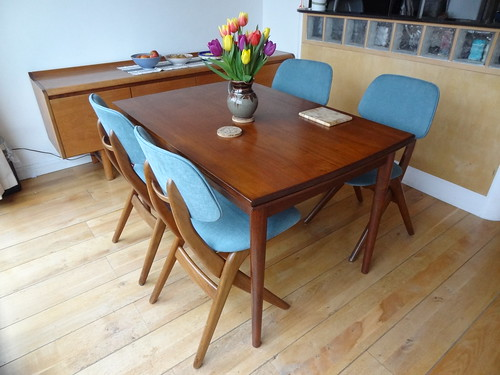 New Mid Century Modern dining table and chairs
