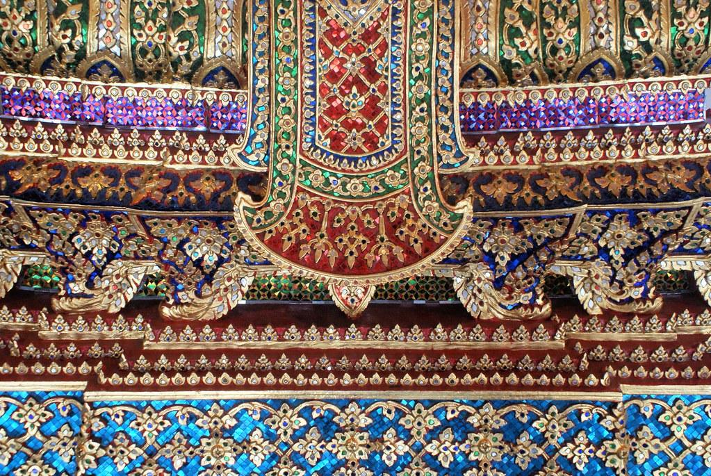 Frise décorative sur le temple Wat Pho en Bangkok.