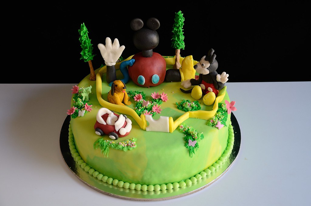 Mickey Mouse Theme Cake This Is A Butter Sponge Cake Cover Flickr