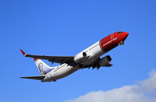 LN-DYN B737-800 Norwegian ACE 18-03-16 | by cvtperson