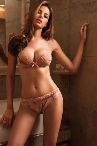 Models - Aida Yespica