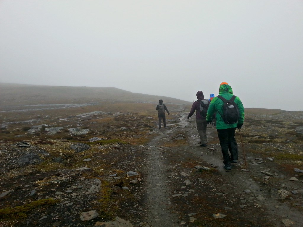 Would you learn to wander in mist? A blind hike in the Swedish mountains | Live now – dream later travel blog