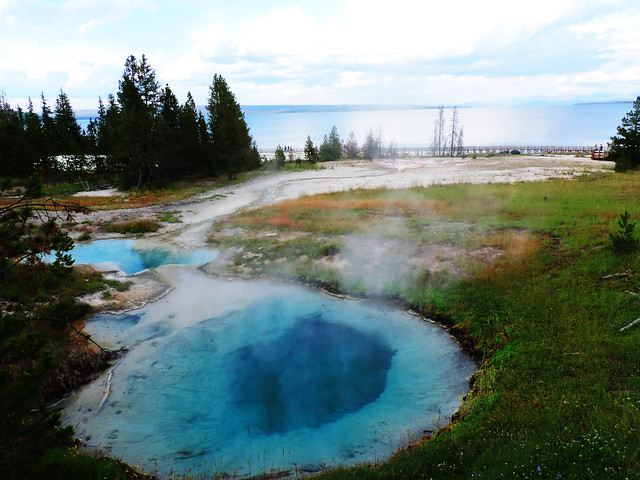 West Thumb Geyser Basin, Yellowstone National Park, USA