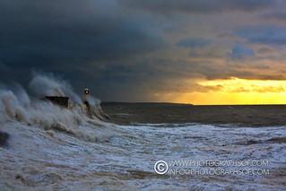 Stormy Seas (21 photos)